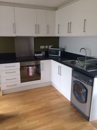 Thumbnail 1 bed flat to rent in Bath Road, Hounslow West