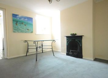 Thumbnail 2 bedroom terraced house to rent in St. Johns Street, Reading
