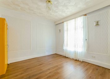 3 bed property to rent in Dean Street, Forest Gate, London E7