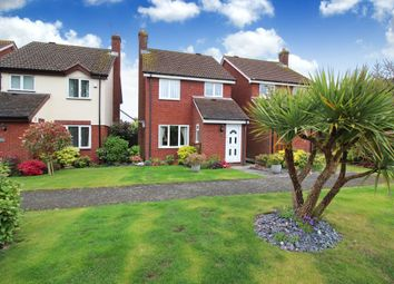Thumbnail 3 bed detached house for sale in Comptons Lane, Horsham