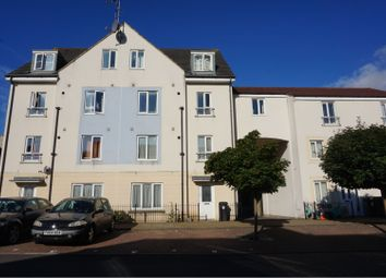 Thumbnail 2 bed flat for sale in Summit Close, Kingswood