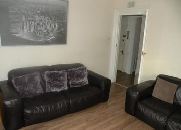 1 bed flat to rent in Wallfield Place, Top Floor AB25