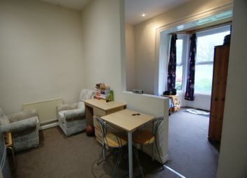 Thumbnail 1 bed property to rent in 253, Hyde Park Road, Hyde Park, Leeds