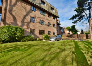 Thumbnail 2 bed flat for sale in Canterbury Court, Woodlands, Golders Green, London