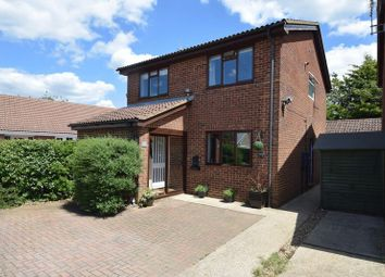 4 bed detached house for sale in Cleavers Walk, Toddington, Dunstable LU5
