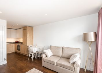 Thumbnail 1 bedroom flat to rent in Whiting Way, Surrey Quays