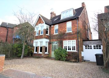 Thumbnail 6 bed detached house to rent in Pemberley Avenue, Bedford