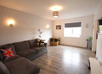 Thumbnail 2 bed flat for sale in High Street, Crowthorne