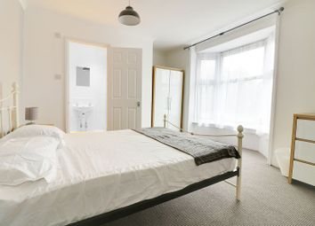 Thumbnail Room to rent in Room Six, Park Road North, Ashford