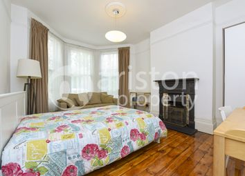 Room to rent in Falkland Road, London N8