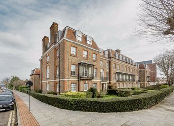 Thumbnail 3 bed flat to rent in Fortis Green, London