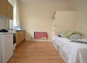 Room to rent in Hornsey Road, London N19