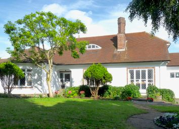 Thumbnail 3 bed bungalow for sale in Chenies Avenue, Little Chalfont, Amersham