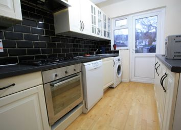 Thumbnail 4 bedroom detached house to rent in Lyndhurst Avenue, Norbury