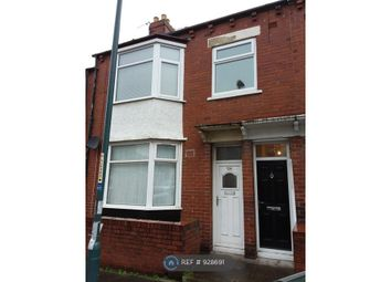 3 bed flat to rent in Richmond Road, South Shields NE34