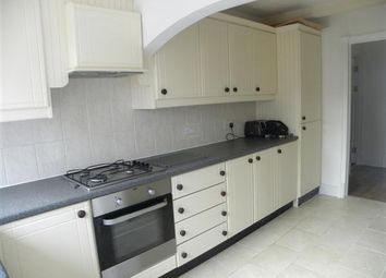 Thumbnail 1 bed maisonette to rent in Richmond Crescent, Slough