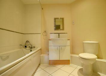 Thumbnail 2 bedroom flat for sale in Tylehurst Drive, Redhill