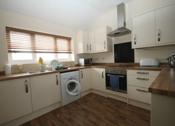 Thumbnail 1 bed flat to rent in Empress Road, Luton