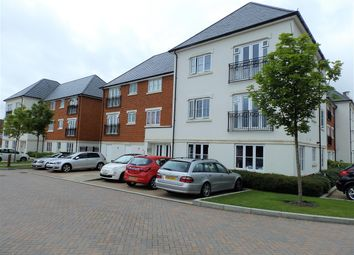 Thumbnail 2 bed flat for sale in Longhurst House, Scholars Walk, Horsham