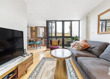 Kings Avenue, London SW4. 2 bed flat