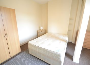 Thumbnail Room to rent in Northfield Avenue, London