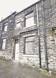 Thumbnail 3 bedroom terraced house to rent in Quarry Place, Bradford