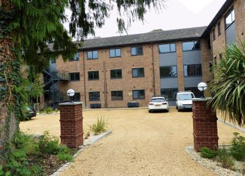 Thumbnail 1 bed flat to rent in Brookfield Road, Wooburn Green, High Wycombe