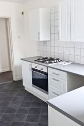 Thumbnail 2 bed flat to rent in Cambridge Road, Waterloo L22, Waterloo,