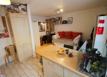 Thumbnail 1 bed flat to rent in Green, Bevenden Street, London