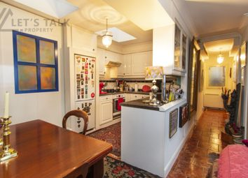 2 bed flat for sale in Polesworth House, Alfred Road, Bayswater W2