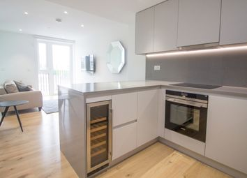 Thumbnail Studio to rent in Ariel House, London Dock, Wapping