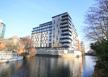 Thumbnail Flat for sale in Kennet House, King's Road, Reading