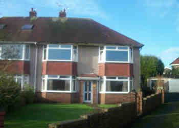 Thumbnail 2 bed flat to rent in Hendy Close, Sketty, Swansea