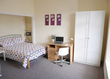 Thumbnail 3 bed flat for sale in Radnor Street Greenbank, Plymouth
