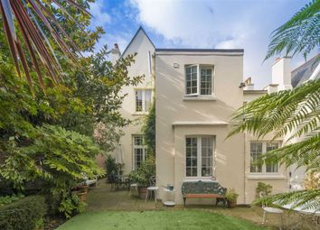 4 bed property for sale in Loudoun Road, St John's Wood, London NW8