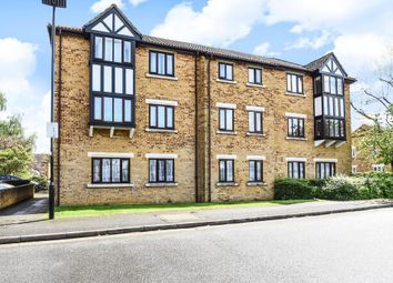 2 bed flat for sale in Charleston Close, Feltham TW13