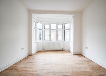 Find 3 Bedroom Flats To Rent In North London Zoopla