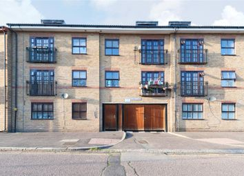 Thumbnail 2 bed flat to rent in Wetherell Road, South Hackney