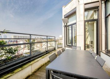 Thumbnail 6 bed apartment for sale in Levallois Perret, Paris, France
