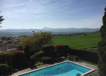 Thumbnail 5 bed villa for sale in Clermont-Ferrand, Auvergne, 63000, France