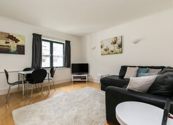 1 bed flat for sale in Forum Magnum Square, London SE1