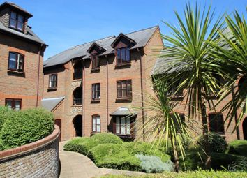 1 bed flat for sale in Kingsmead Road, High Wycombe HP11