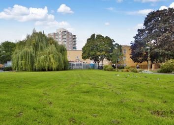 Thumbnail 3 bed flat to rent in Giraud Street, London