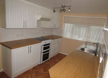 Thumbnail 2 bed flat to rent in Station Road, Robertsbridge