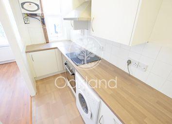 1 bed flat to rent in De Vere Gardens, Cranbrook, Ilford IG1