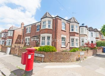 Thumbnail 3 bed flat to rent in Glenthorne Road, Friern Barnet