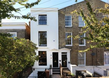 3 bed property for sale in Malvern Road, Hackney, London E8
