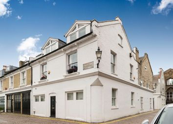 Thumbnail 5 bed mews house for sale in Pembroke Mews, London