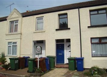 Thumbnail 1 bed flat to rent in College Road, Grays, Essex
