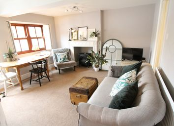 Thumbnail 2 bed flat to rent in Wychway House, The Bullring, Deddington